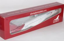 Embraer ERJ-190 TACA Costa Rica El Aviador / Risesoon Resin Model Scale 1:100 N937TA E